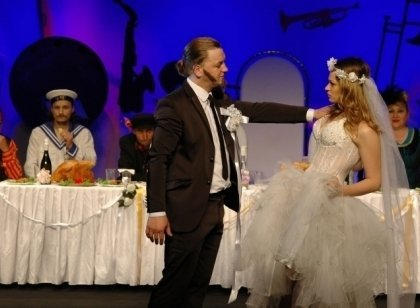 Femeia rusa cauta nunta)